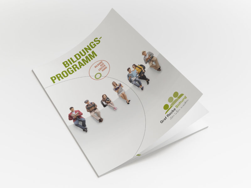 eCouleur_Referenz_Graf-Recke-Stiftung_Broschuer-00